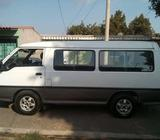 Vendo Microbús HYUNDAI H100 2003