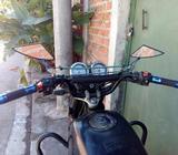 Vendo Moto Um 1014