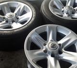 Vendo Rines R17 Nissan