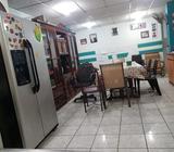 Casa grande de dos niveles con 8 hab 4 baños céntrica en Ciudad Delgado a 185 de la Alcaldía