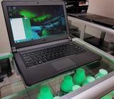 Laptop Dell con HDMI / HDD 500GB / RAM 4GB / Bluetooth / pantalla de 13.3