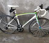 Biciclata de Ruta Y Aluminio