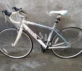 Bicicleta de Ruta Y Aluminio