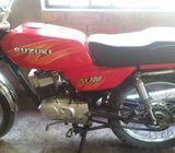 Vendo moto suzuki ax100 por partes